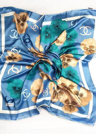 Платок модный женский на голову на шею 95×95 см голубой
