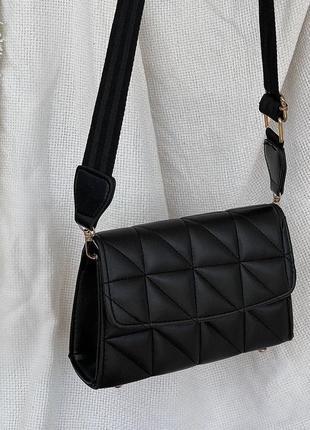 Чёрная стёганая женская сумка кожзам кросс боди