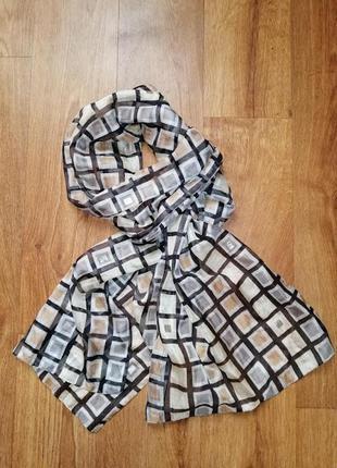 Стильный, очень легкий, невесомы шарф, шарфик, шаль