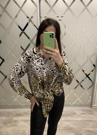 Шикарная рубашка в стиле versaсе