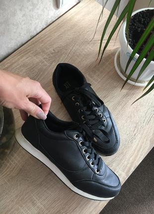 Кроссовки кеды распродажа обувь по 50грн