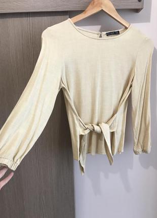 Блузка з зав'язкою