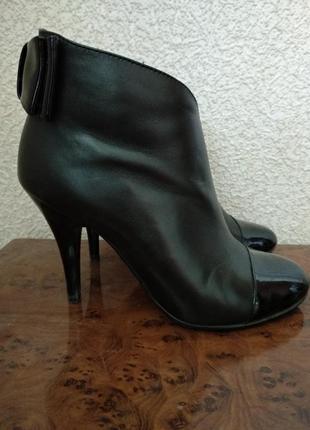 Ботильоны, ботинки из натуральной кожи