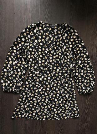 Черное платье в цветы платье с объемным рукавом primark
