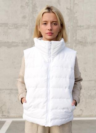 Белая женская жилетка безрукавка на молнии wear me