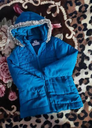 Куртка демі на 6-7 років