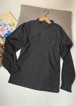 Блуза чёрная в горох m&co офисная осенняя