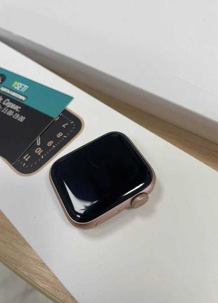 Apple watch se 40mm.