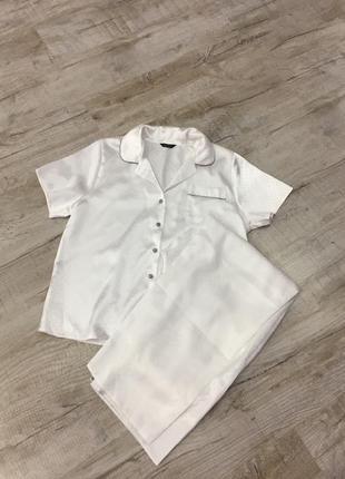 Белоснежная пижама