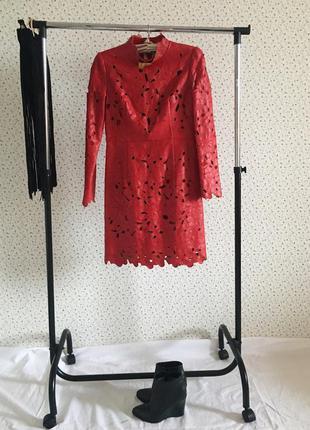 Платье кожаное valentino
