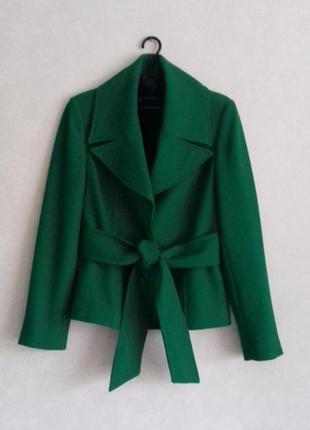 Полупальто с поясом / пальто короткое демисезонное