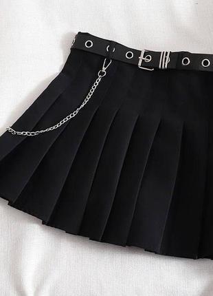 Черная юбка плиссе , юбка с цепочкой , юбка плиссе