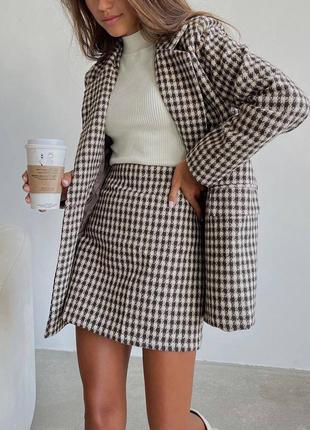 Костюм юбка пиджак, шерстяной костюм в клетку