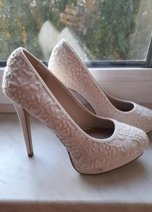 Туфли на шпильке new look