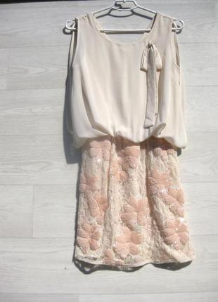 Платье rinascimento италия персиковое розовое бежевое с пайетками