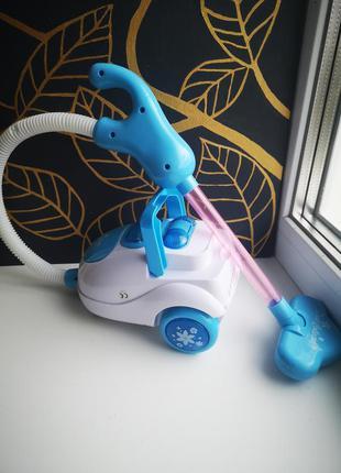 Детская игрушка пылесос голубой, музыкальный