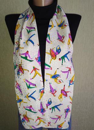 Симпатичный шарф из натурального шелка