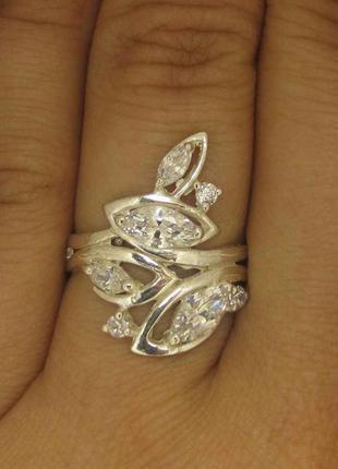Кольцо серебро 925 проба 18 размер.