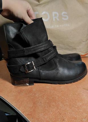 Ботинки осенние кожа