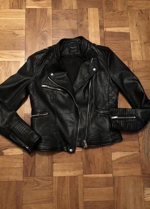 Куртка кожаная чёрная zara