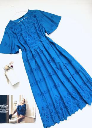 Платье миди  из прошвы большого размера