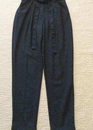 Базовые серые брюки на кулиске ,зауженные