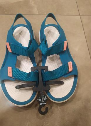 Женские сандали crocs swiftwater бирюзовые новые