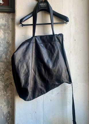 Кожаная сумка-рюкзак на молнии