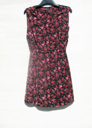 Платье mango чёрное красное разноцветное цветочный принт мороко