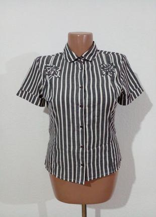 Легкая рубашка с декором