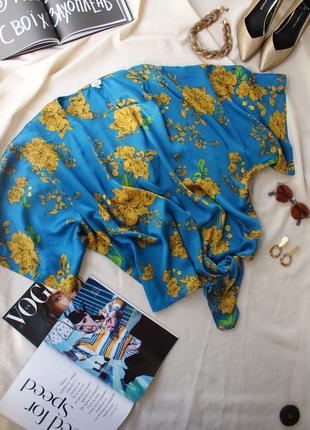 Трендова яскрава шовковиста блуза вільного крою оверсайз від river island