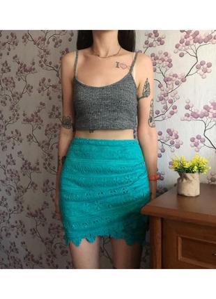 Красивая мини юбка ажурная с имитацией запаха