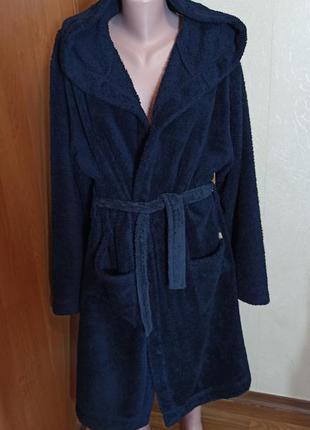 Теплый халат с капюшоном из флиса