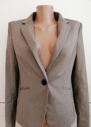Пиджак женский коричневого черного цвета в клеточку