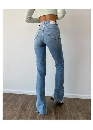 Расклешенные джинсы zara