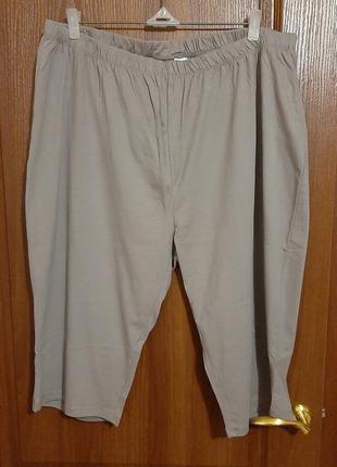 Пижамные бриджики размера 62-64.