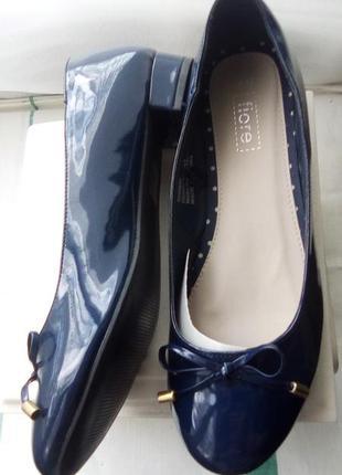 Туфли лакированные синие 26.5 см
