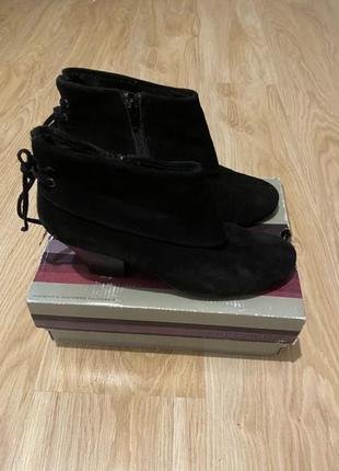 Ботинки skechers p 39 ст 25-25,5 см оригинал