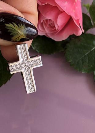 Женский крестик с цирконами, крестик серебро