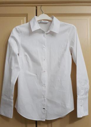 Базовая белая рубашка от zara, испания ,s.