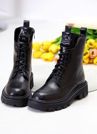 Стильные люксовые высокие черные женские ботинки на флисе низкий ход    к. 11695