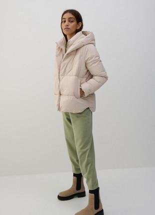 Теплая дутая куртка с капюшоном xs-xl