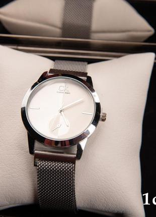 Жіночий годинник calvin klein