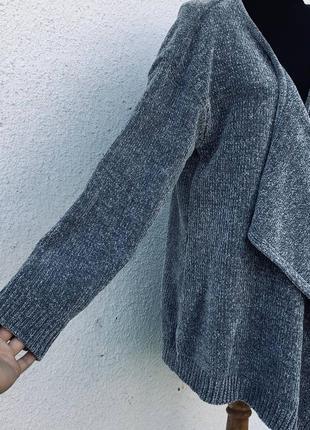 Стильный серый кардиган батал