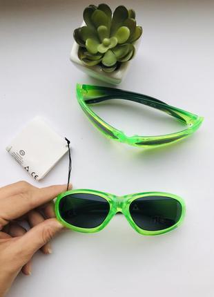 😎крутые детские солнцезащитные очки c&a с высоким уровнем защиты от уф - 3 класс