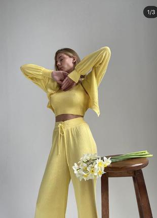 Стильный модный костюм тройка широкие штаны топ кофта