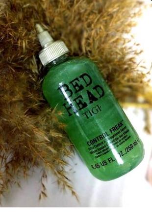 Сыворотка для выпрямления непослушных волос tigi bed head control freak serum