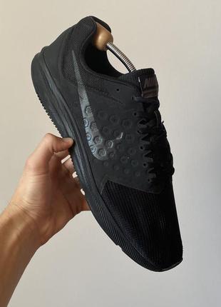 Спортивні легкі та зручні кросівки nike downshifter 8