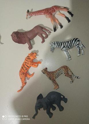 Животные сафари фигурки