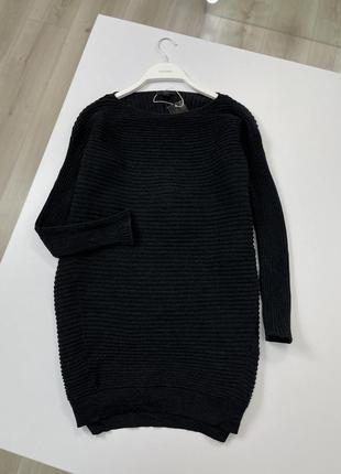 Чёрная кофта туника cos из мягкой шерсти